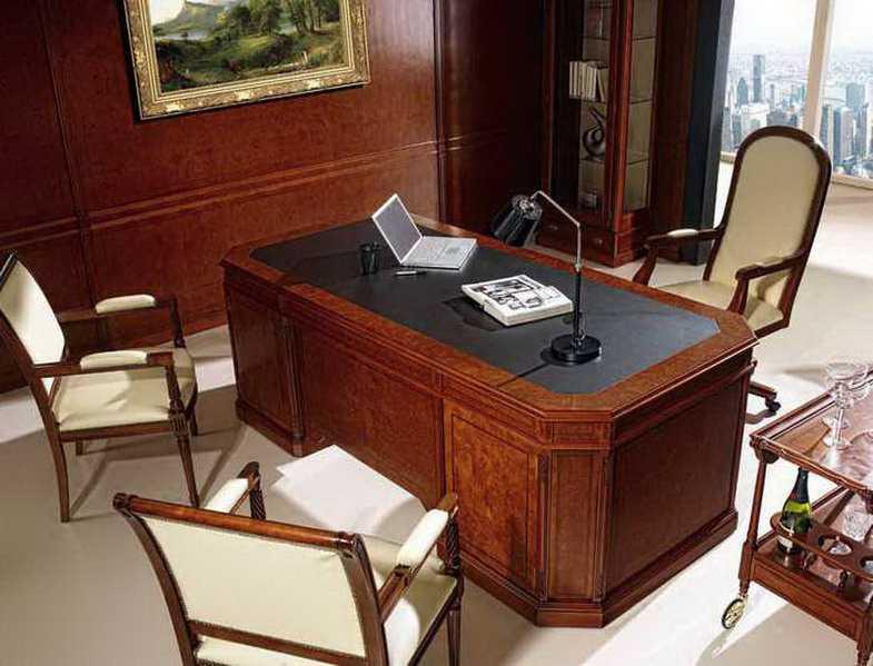 Muebles de despacho de estilo ingles for Diseno de oficina de abogados